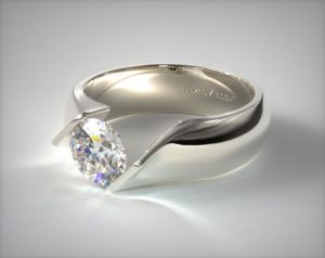 Round shape tension setting engagement ring
